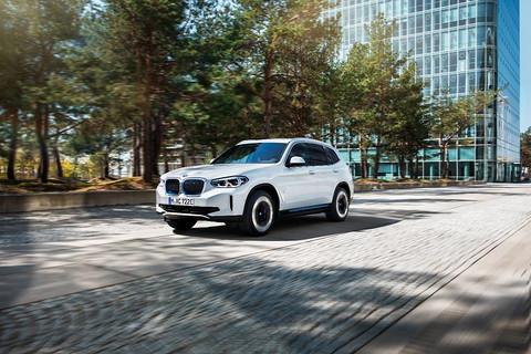 47万起,宝马纯电SUV iX3 上市,我们总结了它的五个关键点