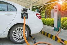 全国充电桩同比增加32%