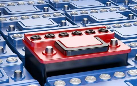 动力电池行业:还需翻过技术和安全两座大山