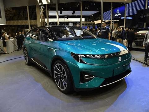 拜腾首款量产SUV,配48寸液晶屏,2019年量产,<font  color=