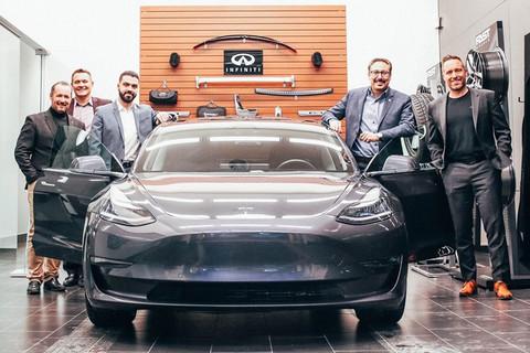 缺乏电动车型 英菲尼迪经销商交付特斯拉Model 3