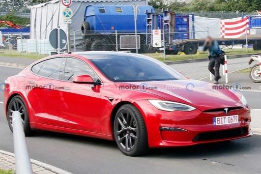 特斯拉Model S Plaid纽伯格林北圈赛道挑战不可能