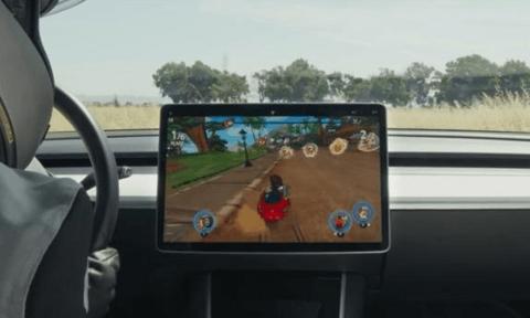 特斯拉發布車載《沙灘車競速2》:用實車玩賽車遊戲