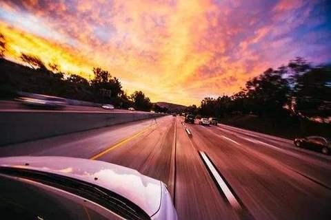车市降幅或将趋缓 下半年车企能松口气儿