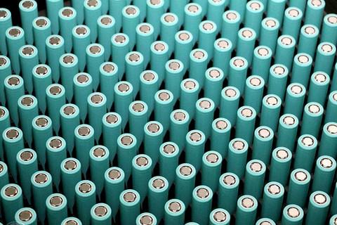 磷酸铁锂打开新赛道,超155GWh市场谁能登顶?
