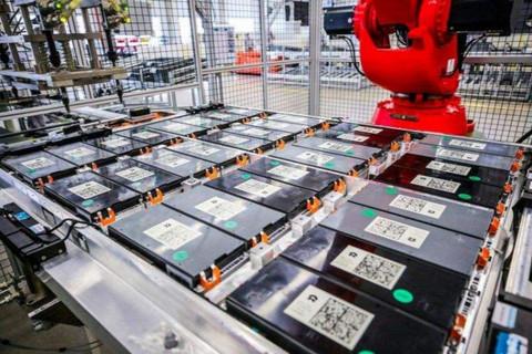 """被新能源车""""榨干""""的20万吨电池,如何处置?"""