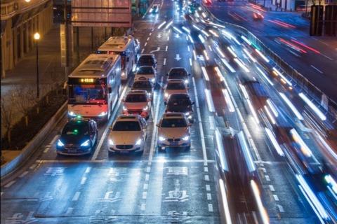 中汽协:预计2021年中国新能源汽车销量将达到180万辆