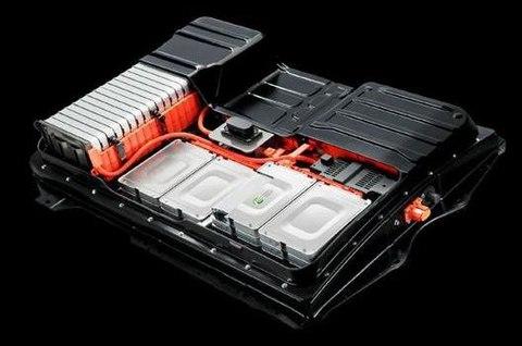 为什么大部分电动汽车采用滑板式电池包?