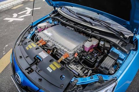 使用磷酸铁锂电动汽车有哪些?