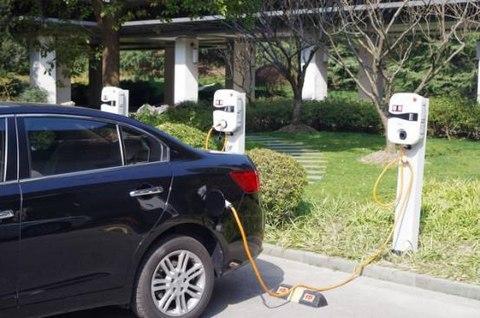 新能源汽车充电时可以启动车辆吗