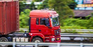 中国重汽与山东重工战略合作:3-5年打造中国第一商用车集团