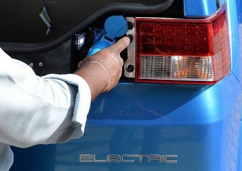 汽车巨头在华加速电动化转型