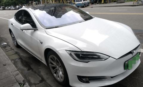 特斯拉Model S 75D两年后还能续航多远?电池一般能用几年?