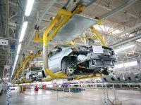 多家车企延迟复工:影响或将波及全球市场