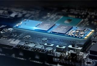 拜登召开芯片会议 英特尔承诺在6至9个月内生产车用芯片